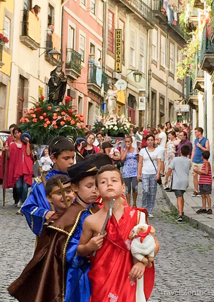sunday church procession kids Porto