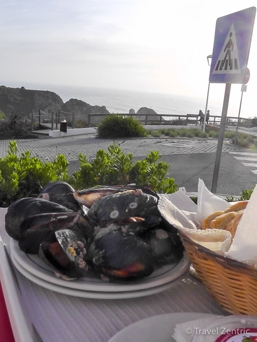 eating with a view in Azenha do Mar